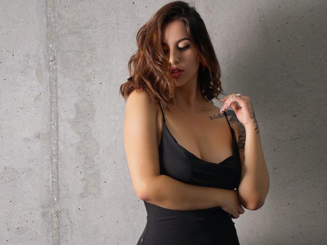 Nicole Powers