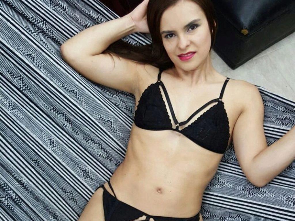 emily quiin from webpowercam  flirt4free