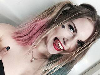 Nikki Albertson