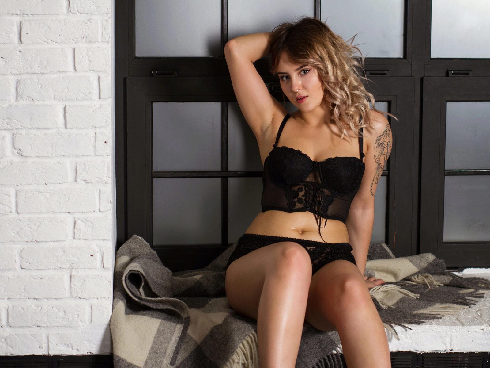 Webcam model Meghan Rodgers from WebPowerCam