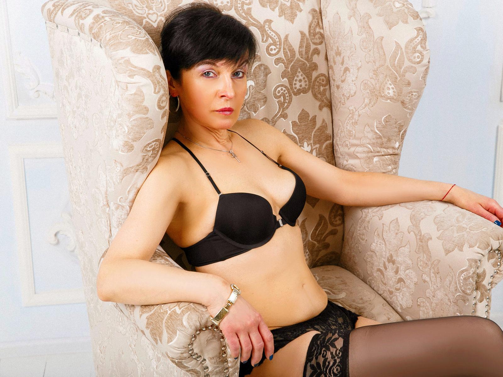 Webcam model Nelly Helen from WebPowerCam