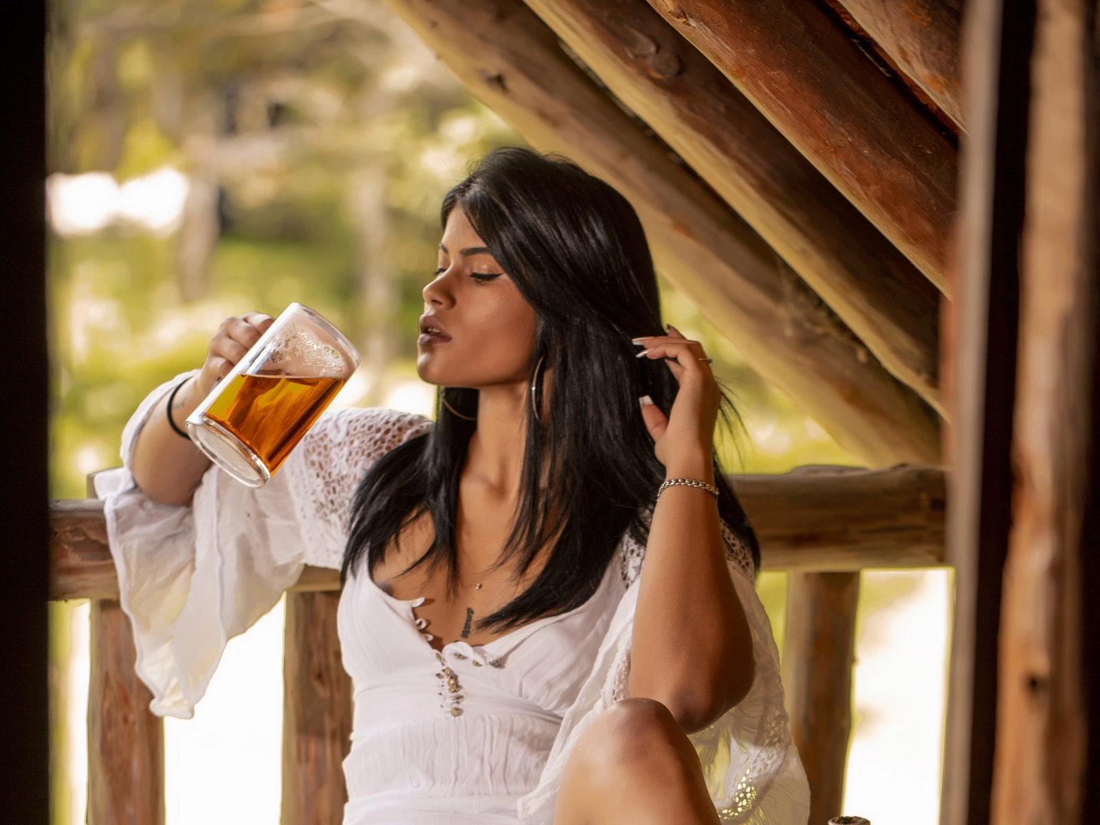 Webcam model Aleja Torres from WebPowerCam (Flirt4Free)