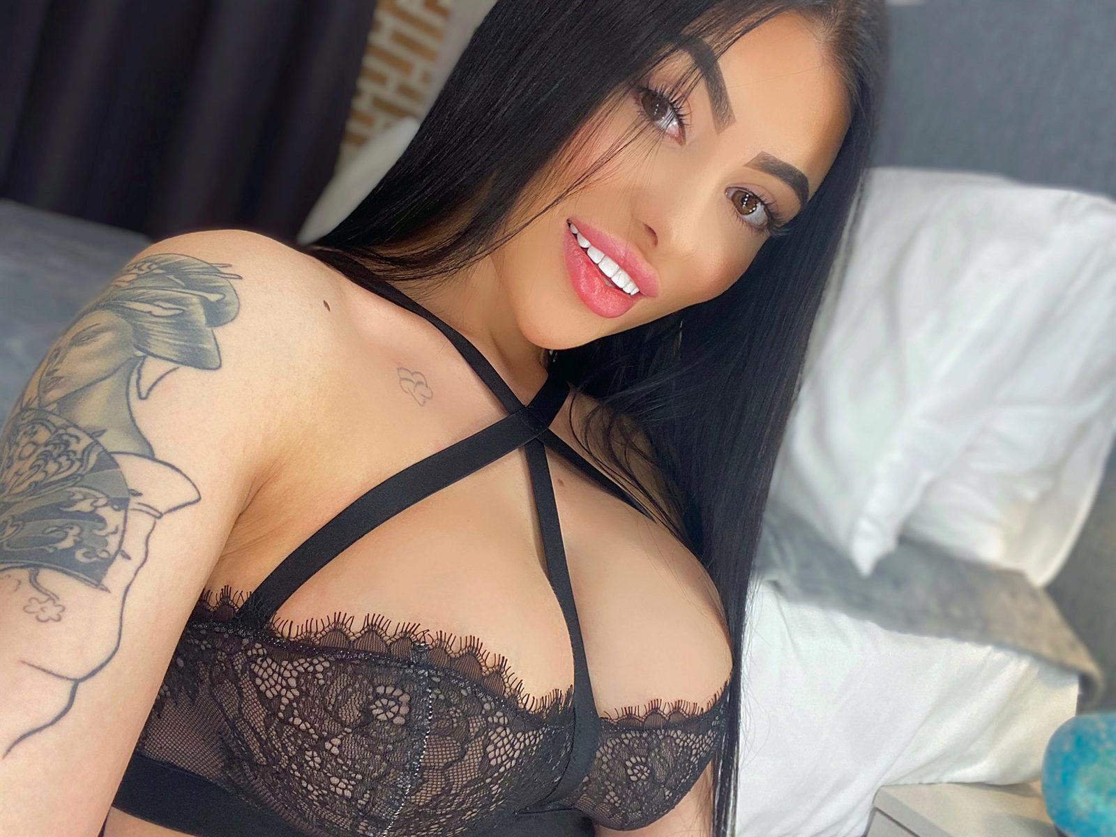 Webcam model Mary Harris from WebPowerCam (Flirt4Free)