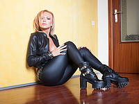 Amy Crystal's Free Webcam Chat