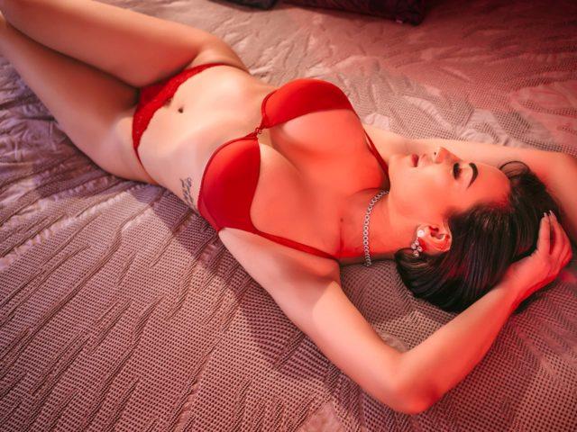 Adriana Pink