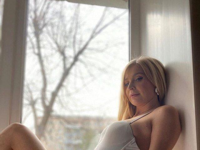Lisa Dwine