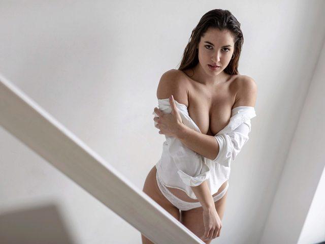 Diana Loren