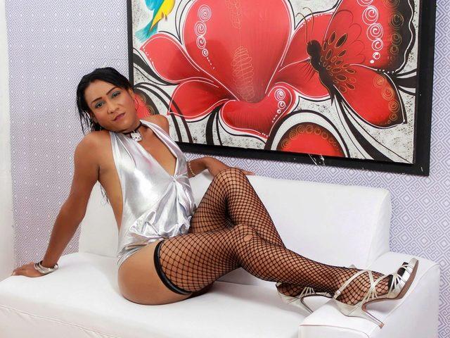 Yuli Hott