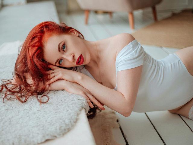 Nika Foxy