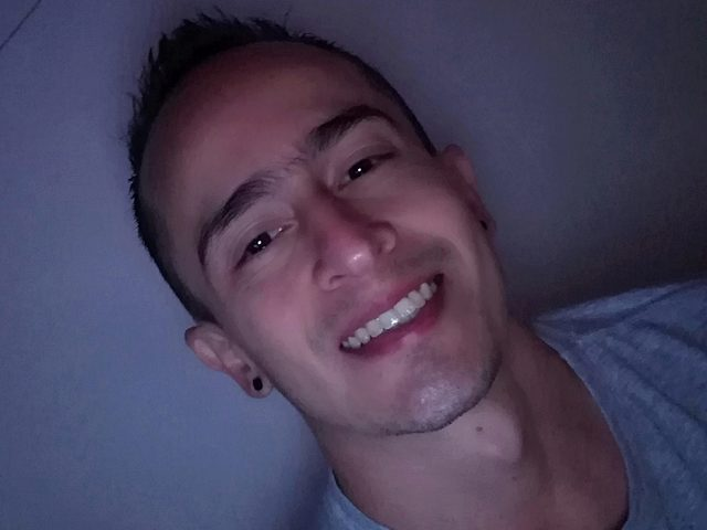 Jhons Amellia
