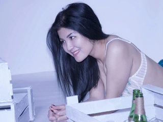 Nana Anna' webcam profile picture at Flirt4free.com