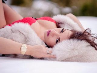 Nikki Crystal image