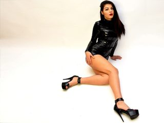 Picture of mistress-evelyn at LiveWebcamFlirt