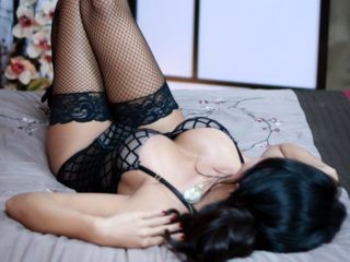 Webcam model Yuna Rule from WebPowerCam