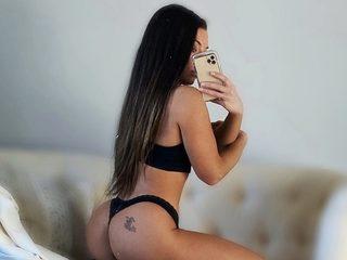 Raquel Olivia