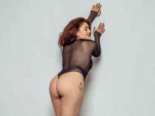 Nina Morris image