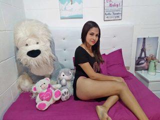 Angeline_D Room