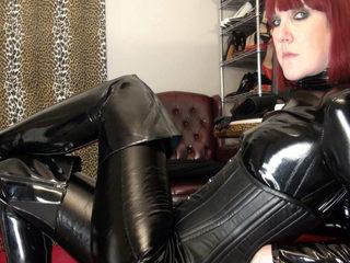 Mistress_Vivian Room