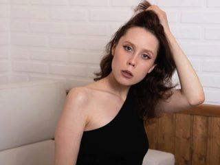 Alicia Nelson