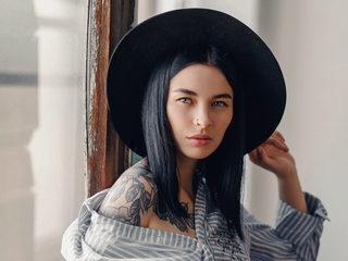 Alexandra_Ro Cam