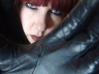 Webcam model Mistress Vivian from WebPowerCam