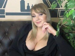Kristina Tea image