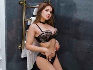 Jennifer_Benton Live