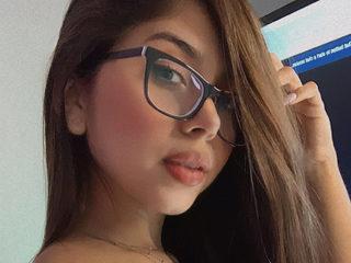 Arii_Hot Chat