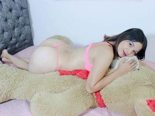 free Flirt4Free Roxanne_Lo porn cams live