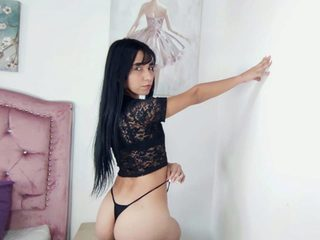 Ambar_Joness Chat