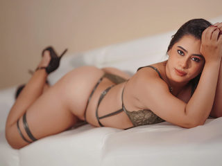 Steffanny_Red Chat