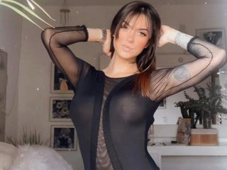 Flirt4Free Agatha_Caringi freechat