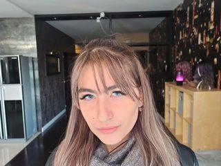 Leya Olivess
