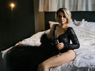 Michelle Lean image