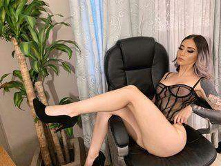 Sabrina Leiton Live
